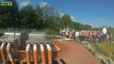 Foto von Seminarteilnehmern am Teichbauseminar über Teichpflege.